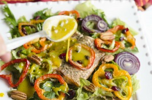 Dill Lemon Salmon Roasted Pepper Salad