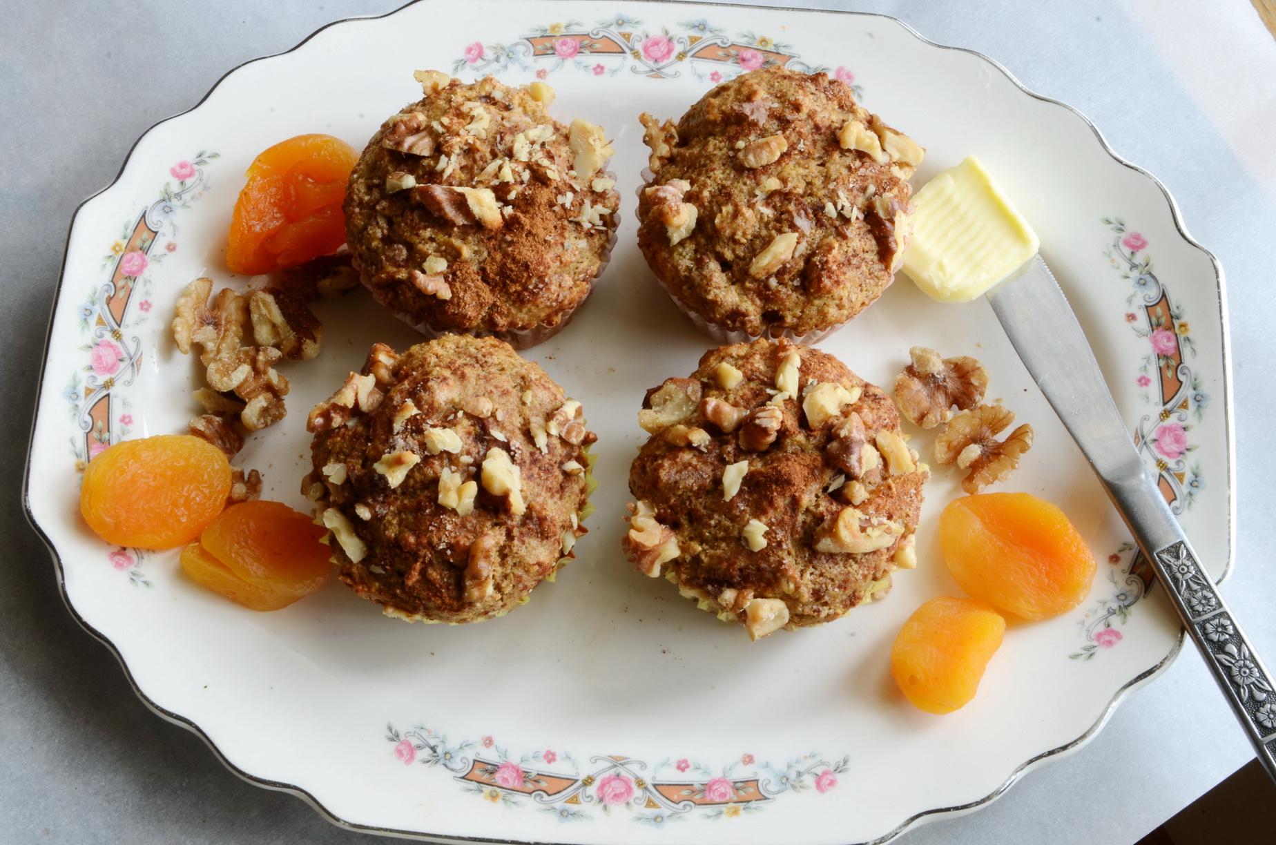 Healthy Apricot Walnut Muffin